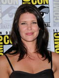 Sarah Lancaster - Comic-Con 2009 - Day 3 - 25 july 2009   x5hq