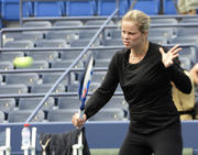 http://img245.imagevenue.com/loc170/th_609589994_Kim_Clijsters_at_the_2009_US_Open_011_122_170lo.jpg