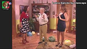 Laura Galvão sensual na serie Camilo o presidente