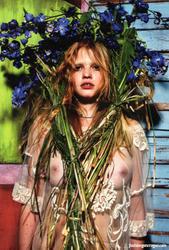 W Magazine (2009)