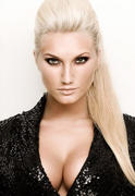 Brooke Hogan 1 Cleavagy Pic