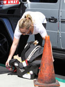 http://img245.imagevenue.com/loc594/th_745515756_Hilary_Duff_Which_Which_Sandwich_Eatery1b_122_594lo.jpg