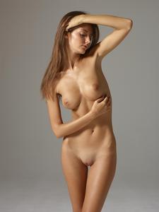 [Image: th_450738872_Melinda_hegre_art_naked_2_122_65lo.jpg]