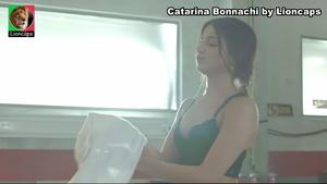 Catarina Bonnachi sensual na novela A prisioneira